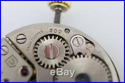 Universal Geneve 800 Swiss Mechanical Hand Wind Watch Parts Vintage Movement