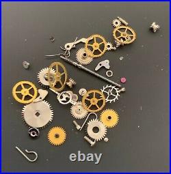 Universal Genève Cal. 258 Lot Lotto Parts Lot Vintage Hand Manuale Watch