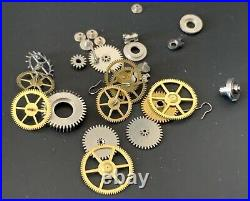 Universal Genève Cal. 267 Lot Lotto Parts Vintage Hand Manuale Movement Watch